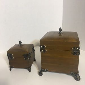 Pair of Matching Trinket Boxes!